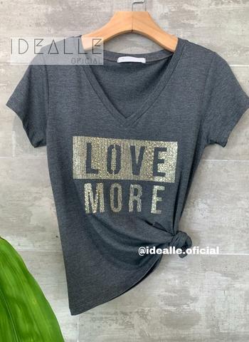 imagem T-Shirt Love More Cinza