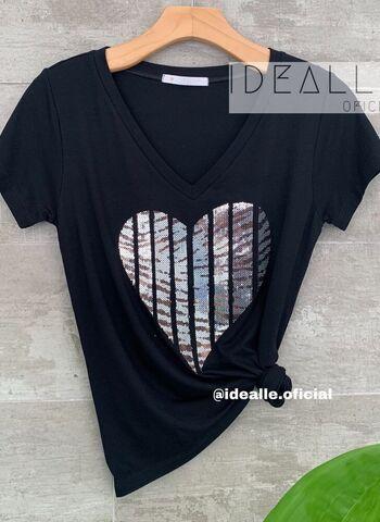 imagem T-Shirt Coração em V