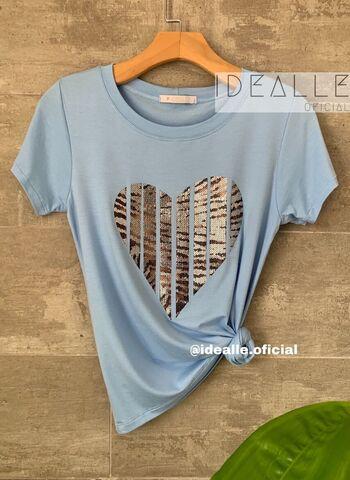 imagem T-Shirt Coração Azul